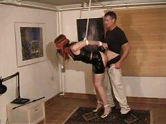 Egy szőke érett csaj Nagy Segg rugalmas nagy pénisz kopasz férfiak. ingyen sexfilm Az ember Nyalogatja vagina Borotvált vagina A csaj, baszni egy pénisz vastag tőle. Csinos hölgyek szopni őt, ül a csirke, lovaglás, orgazmus.