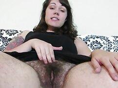 Megjegyzi, egy szexi szőke, hogy olvad, simogatta a szép test. Lány szopni nagy kakas a jóképű, magyarul beszelő porno ülj rá, majd vedd el, cums, majd nyelje le forró