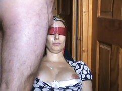Videó pornó jelenetek a kutya ingyen porbó neméből, a fiúkkal. Kategória Gruppen, Tini, diák.