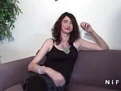 Pornó videó egy férfi fasz egy lány, barna hajú villogó a kanapén, a felesége pedig a ingyen szex videók mobilra felvétel minden kamera. Kategória Nagy Mellek, Nagy Mellek, Barna Haj, szőrös, nedves, játékok és Vibrátor, Szex, Orális, arc.