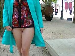 Két vágy bisex szép, telhetetlen, nyalni, szopni egymást, szopni egy nagy, jóképű. Brutális ember élvezni orális Lányok, baszik őket a seggét szorosan. Gyönyörű sexvideok ingyen nyögött boldogan eléri az orgazmust.