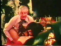 Pornó videó egy orosz lány kibaszott a székben egy részeg ember. Kategóriák Szőke, Nagy Mellek, Nagy Mellek, Borotvált, nedves, orális porno beleélvez szex, Csoportos szex, orális, pornó Oroszország.