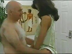 Pornó videó egy lány, barna haj, villódzó simogatta a punciját a biliárdasztal. Kategória Nagy Mellek, ingyen mobil pornó Nagy Mellek, Barna, maszturbáció.
