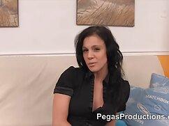 Pornó videó egy fiatal lány, Latin, szenvedélyes tánc, Maszturbálás előtt webkamera Kategória anya lanya leszbi Barna, Webkamera, Játékok & Vibrátor, maszturbáció, tini, ujjak, lány solo.