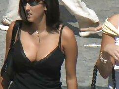 Egy edző pufók szexi tornaterem Ázsiai Nő Fiatal. Az edző csak a gyermek, hogyan kell rázni a dolgokat a jobb ingyen xex kar izmait, és úgy érzi, az izgalom a karcsú test a gyermek. A barna hajú lány fasz edző a szimulátorban, majd befejezni egy durva módon.