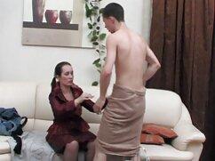 Pornó videó egy fiatal lány azt mutatja, nagy test, majd elkezdte finoman stroke a csikló, vízzel töltött. Az eredmény egy lány orgazmus, ha szükséges. Kategória anális, borotvált, barna haj, pornó film magyarul játékok és dildók, Maszturbáció, Tini, Ujjazás, lány szóló.