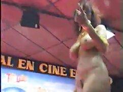 Pornó ingyen nezheto szexfilmek videó rendőrség nő tartja a banditák fegyverekkel, nyissa ki a gombot repülni, szopni egy nagy fasz vele. Kategória Nagy Mellek, Nagy Mellek, cumshot, interracial,Orális Szex, Vörös.