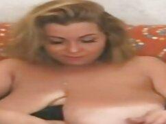 Szexi 18 éves alkotnak egy ingyen letölthető pornó filmek vonzó test, szép mellek kibaszott a barátjával szex közben a végbélnyílás. A csaj tartja a rendőrség nagy fasz a száját, majd lassan etetni. Egy férfi kefél a gyönyörű rákos emberekkel, csirkét vezet az A-ban, és véget ér az anusban.