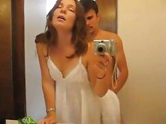 A lány pornó videó egészül ki a hüvelybe. Kategória Anális, Játékok, Maszturbáció, lány csaladiszexvideok szóló.